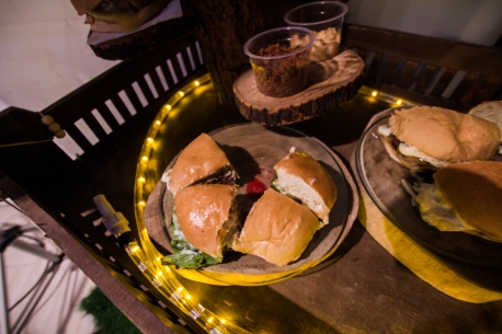 musica-pra-voar-II-kenny-beaumont-voir-image-barneys-burger-pops-festas